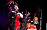 Let's Burlesque! - Glamour, Verruchtheit und grandios gespielte Musik
